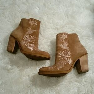 Lucky Brand Elenor Embroidered Suede Ankle Boots
